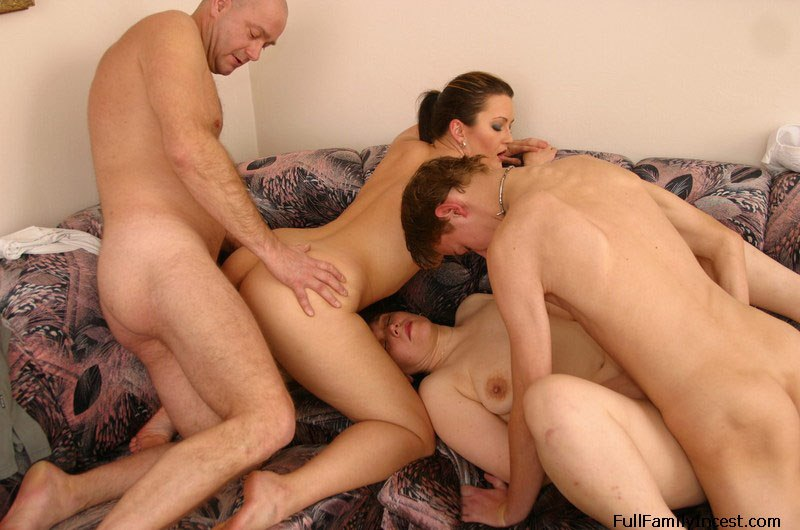 Family incest porn in the bedroom